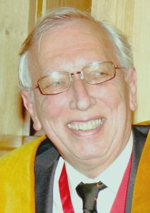 Dr Nicholas A D Carey FCGI, Past Master Educator 2004/05